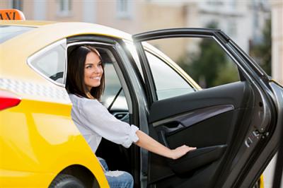 Водитель в Яндекс.Такси от 1 800 . руб. на руки