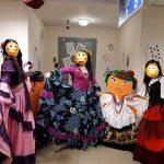 карнавальные костюмы-цыганка,кан-кан,дед мороз др