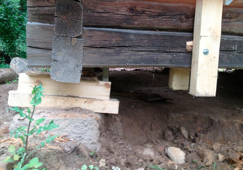 Замена фундамента под деревянные и каркасные дома, ремонт старых домов