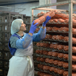Требуются работники в колбасный отдел (мясокомбинат)