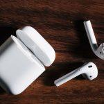 Продам новыt беспроводные наушники Apple AirPods